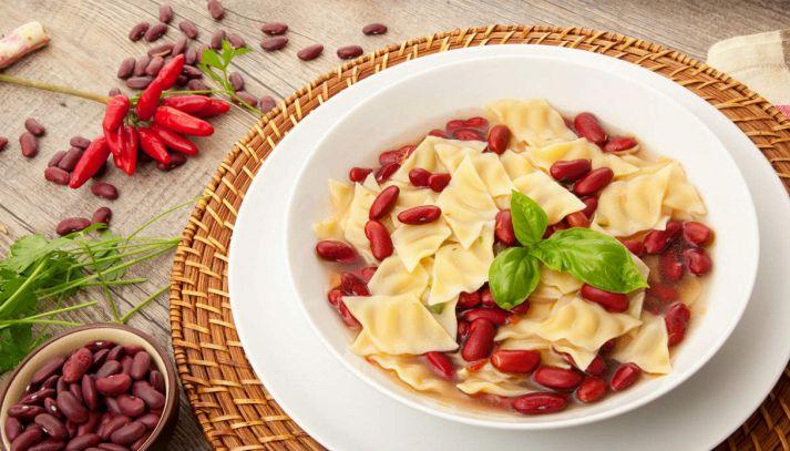 Zuppa di pasta e fagioli rossi