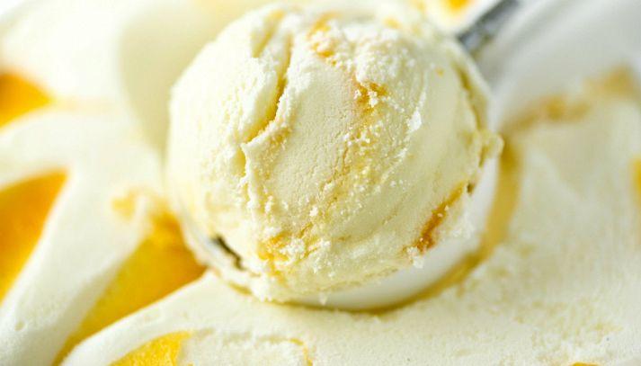 Gelato al mango e yogurt