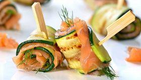 Rotolini di zucchine e salmone