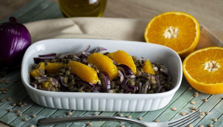 Lenticchie con cipolla e arance