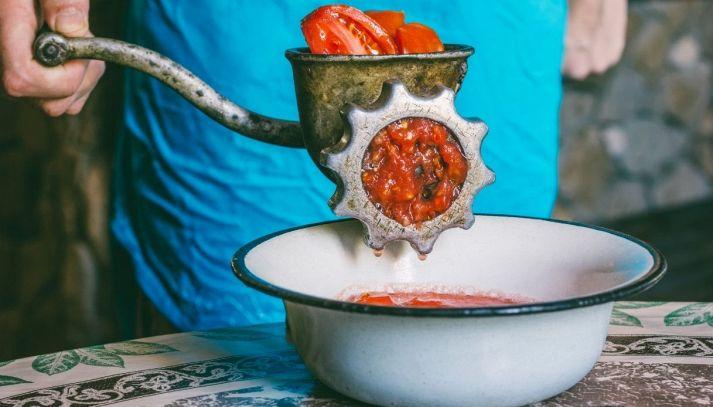 Salsa di pomodoro fatta in casa: cosa ti serve