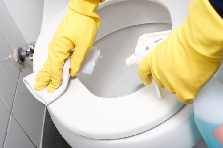 Come pulire e igienizzare il bagno