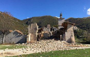 Oltre a Notre-Dame, anche altri gioielli soffrono: San Salvatore a Campi