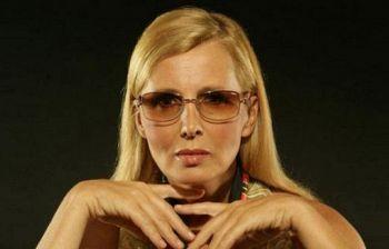 Maurizia Paradiso dopo la malattia lancia un'appello a Barbara D'Urso