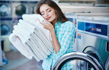 Come lavare la biancheria da casa: attenzione agli errori comuni