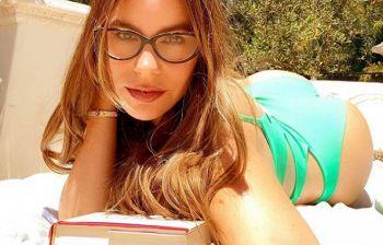 Quarantena di libri e relax per l'attrice e in gran forma a 47 anni...