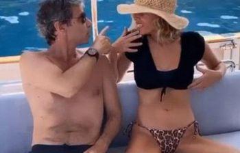Alessia Marcuzzi si lascia il gossip alle spalle in vacanza con la famiglia