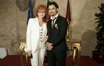Fiorella Mannoia, arrivano le nozze dopo 15 anni d'amore. I fan notano...