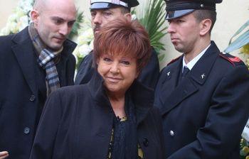 Orietta Berti inseguita dalla polizia sul palco di Sanremo: ha violato...