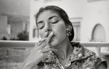 La tormentata vita di Maria Callas: drogata, sessualmente abusata, truffata