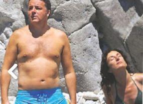 La vacanza di Renzi in superyacht, la moglie Agnese in grande forma, lui...