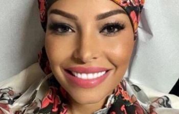 Carolina Marconi sorride mentre lotta contro il cancro: