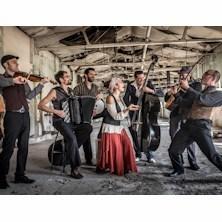 Barcelona Gipsy Balkan Orchestra - BGKO