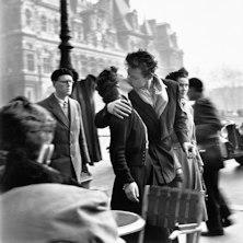 Open - Robert Doisneau