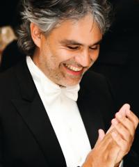 Andrea Bocelli in concerto al Teatro San Carlo