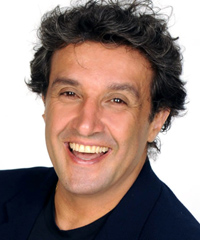 Flavio Insinna in