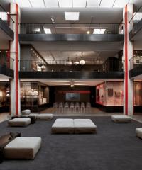 Tour virtuale del Museo Kartell, la storia del design italiano della plastica