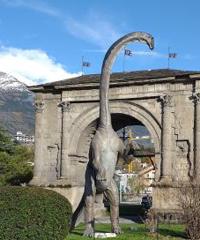 I dinosauri invadono Aosta: i giganti del passato in mostra