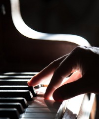 La star del piano Monty Alexander in concerto con il suo trio