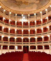 Concerto online gratuito con Riccardo Muti e l'Orchestra Giovanile Luigi Cherubini