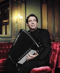 Richard Galliano omaggia Astor Piazzolla