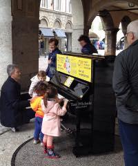 Pianocity Bergamo for Peace 2019, pianoforti in città per tutti