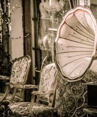 Viaromantiquaria, antiquariato e cose vecchie
