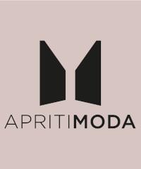 Apriti Moda: alla scoperta dell'atelier di Loretta Caponi