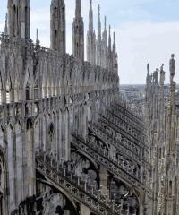 Visite guidate fra le guglie del Duomo