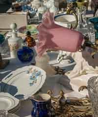Di tutto un po': mercatino dell'antiquariato, usato ed artigianato