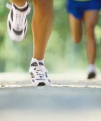 Corsa o camminata a passo di cinghiale