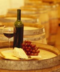 Colico in cantina, degustazioni di vino e prodotti tipici