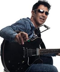 L'icona del rock 'n' blues, Edoardo Bennato, torna in concerto