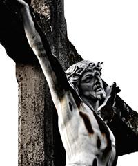 Via Crucis vivente, rivive la passione di Cristo