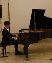 Eroi–Variazioni e scherzi per pianoforte