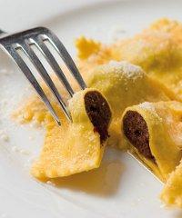 Gran galà del tortel dols, la festa del piatto tipico di Colorno