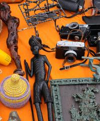 SOSPESO A DATA DA DESTINARSI - Mercatino di antichità e collezionismo a Loano