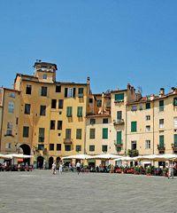 Lucca Biennale, arte, architettura e design in carta e cartone