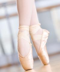 """In streaming lo spettacolo di balletto """"Divertissement"""""""