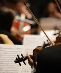 Gianmarco Carroccia e Mogol in concerto con Emozioni Orchestra