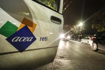 Corre Borsa Dopo 9 Acea In Pavia Piano IWEDHeb29Y
