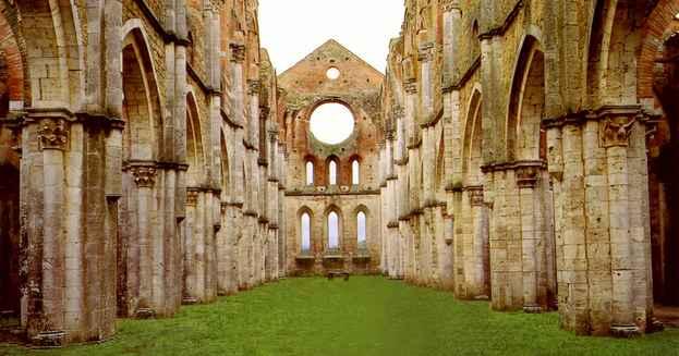 luoghi esoterici in italia - san galgano siena