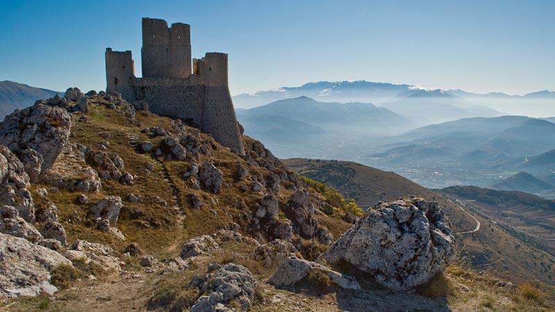 Rocca Calascio: il castello più elevato d'Italia