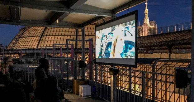 Cinema sui tetti di Milano, i film si guardano sulla Highline della Galleria