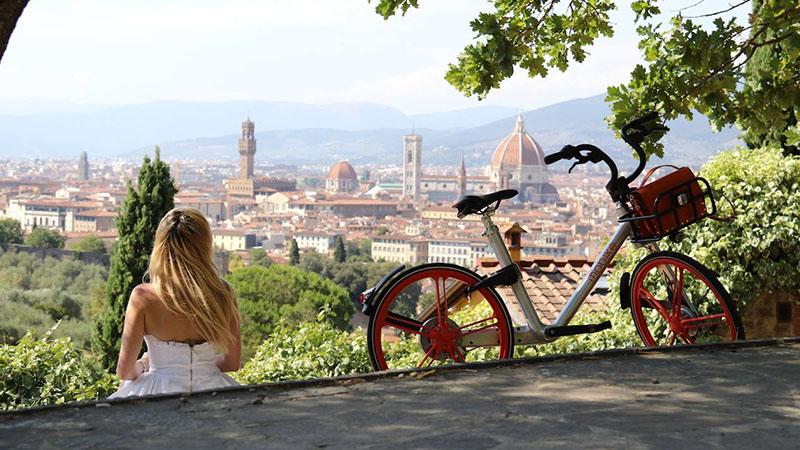 Da Firenze a Milano è free floating mania: prendo la bici dove voglio, la lascio dove voglio