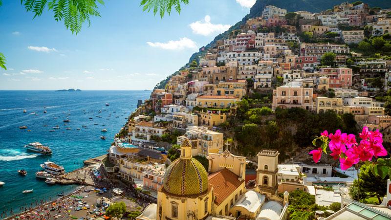 Scattare foto a Positano costerà fino a 2.000 euro