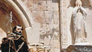 Riti arcaici italiani: Cocullo reame dei serpai