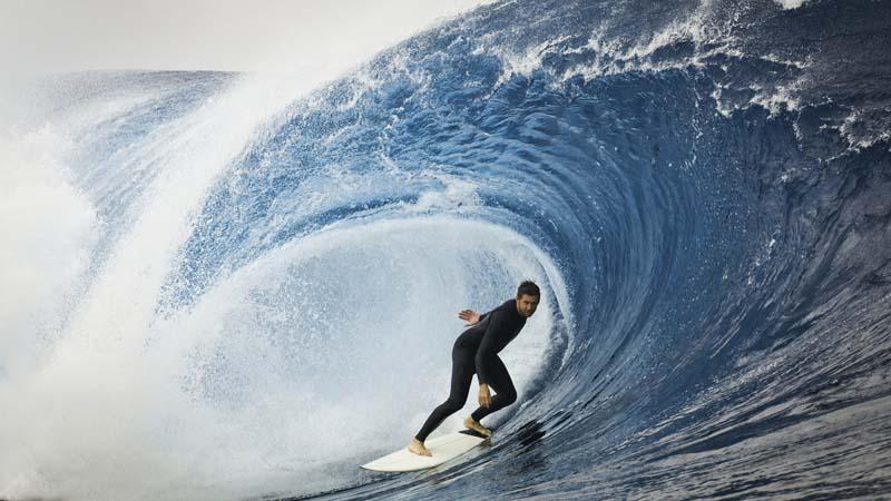 Onde alte e acrobazie, lo spettacolo del Surf è a Varazze