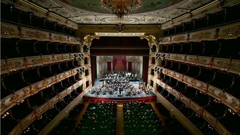 5 luoghi storici da non perdere a Parma: Teatro Regio