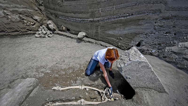 Scheletro pompei decapitato